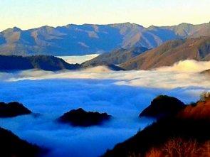 Il lago di nebbia