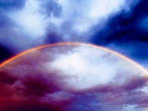 Arcobaleno che unisce il cielo...