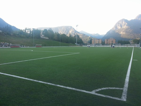 Tappeti Per Bambini Campo Da Calcio : Vobarno in sinergia per il nuovo campo in sintetico