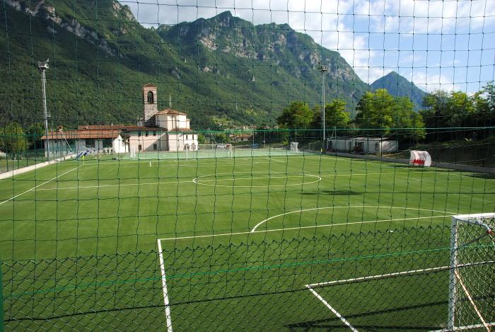 Tappeti Per Bambini Campo Da Calcio : Idro nuovo campo in sintetico