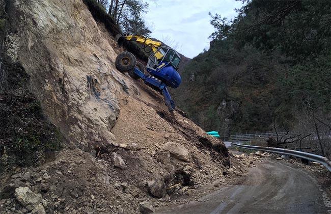 Bagolino Capovalle Garda - Piove e il terreno cede - Valle Sabbia News